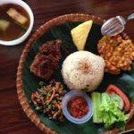 Kuliner Resto & Kaki Lima di Puncak